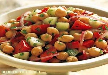 ensaladas ricas en proteínas