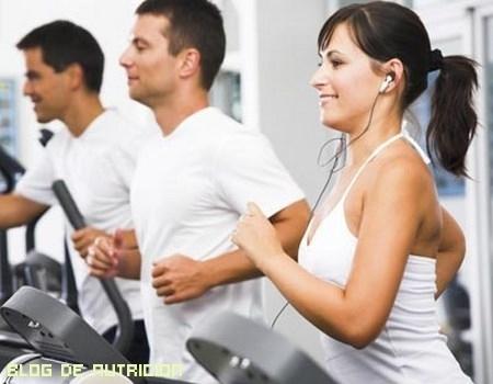 Hacer deporte por la mañana o por la tarde