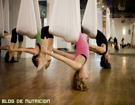 Relajación total con yoga aéreo