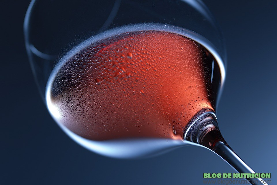 copa de vino fría