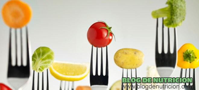 frutas y verduras en el menú